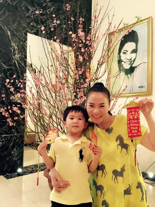 Angela Phương Trinh đón Tết cùng gia đình ở Long An-16