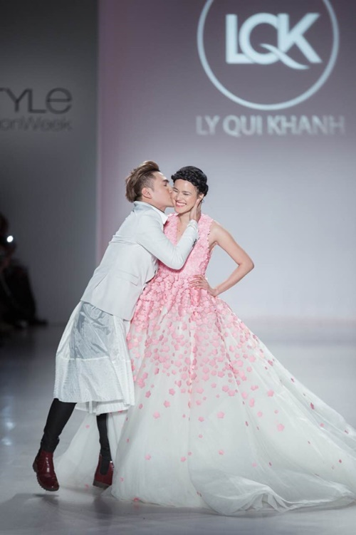 ly qui khanh tam su ve bst tai new york fashion week - 7