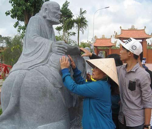 """nghet tho"" tai thien vien truc lam phuong nam - 12"