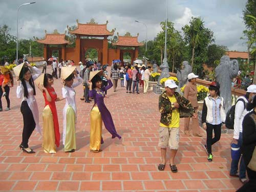 """nghet tho"" tai thien vien truc lam phuong nam - 3"