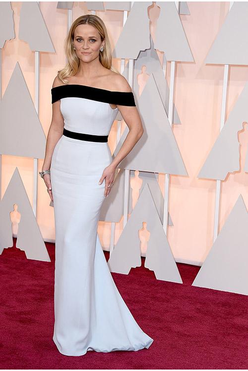 Lady Gaga hết quái, Jennifer Lopez khoe ngực trên thảm đỏ Oscars - 7