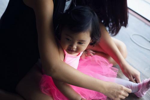 """hh huong giang khoe con gai """"tro tai"""" mua ballet - 12"""