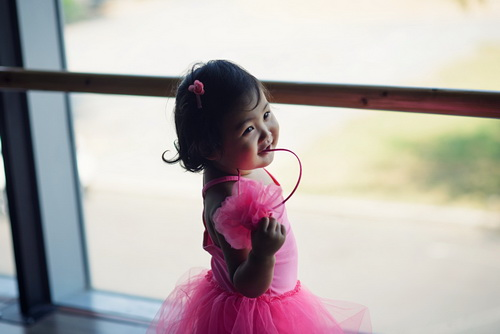 """hh huong giang khoe con gai """"tro tai"""" mua ballet - 5"""