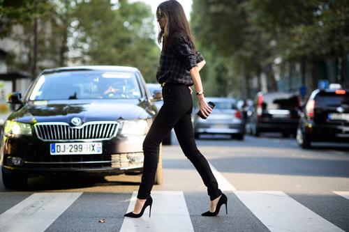 Mách nữ công sở cách mặc quần cao lên tức thì - 5