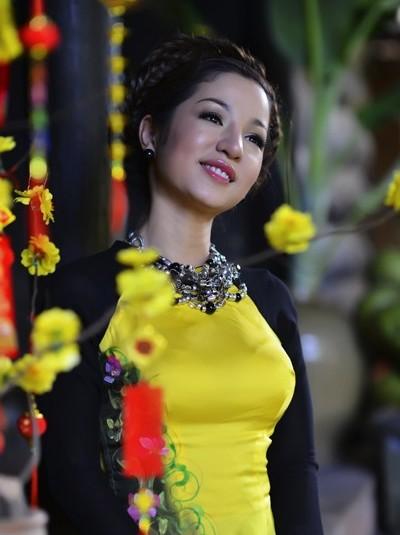 "danh hai thuy nga: ""sap toi long thanh than lam"" - 1"