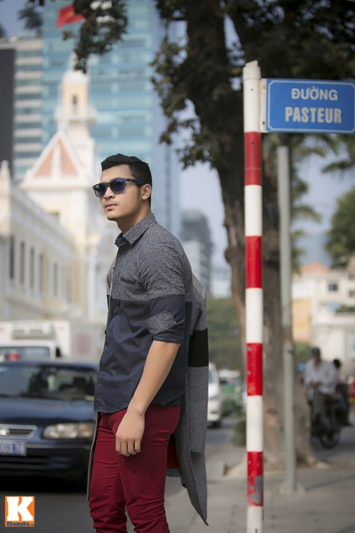 """Trang Khiếu khoe style """"độc"""" xuống phố cùng Vũ Tuấn Việt-17"""
