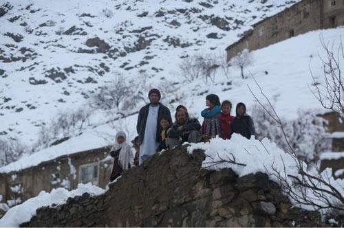 lo tuyet kinh hoang o afghanistan vui chet 124 nguoi - 1