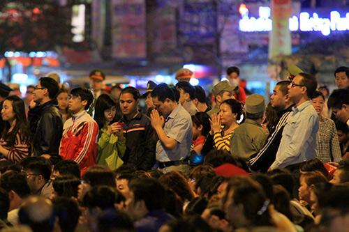 tran xuong long duong tham gia le giai han dau nam - 15