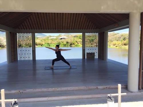 thu minh hang say tap yoga khi mang bau 6 thang - 2