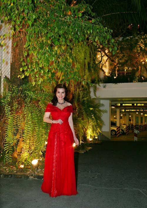 hh kim hong long lay di du quoc khanh kuwait - 7