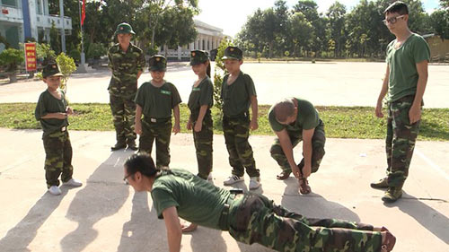 "tap 18 bo oi: con trai tran luc 'thang tay"" phat bo - 7"