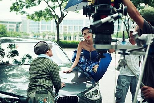 lan khue ke chuyen hon bang kieu trong phim moi - 1