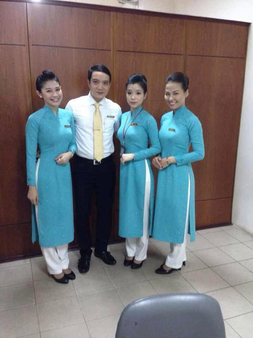 tiep vien vietnam airlines thich thu dien dong phuc moi - 8