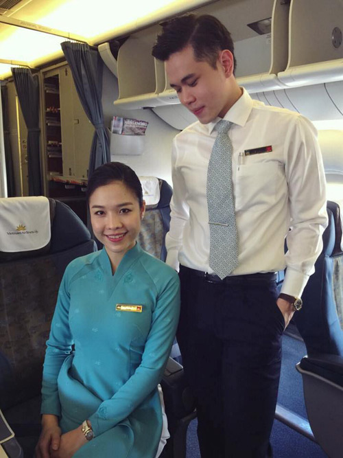 tiep vien vietnam airlines thich thu dien dong phuc moi - 9