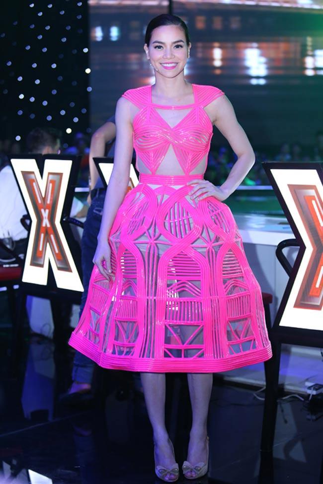Sao Việt  & quot;làm nũng & quot; với trang phục màu hồng