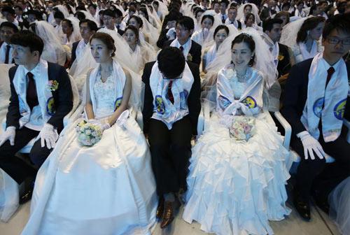 3.800 cặp đôi trên thế giới đổ về Hàn Quốc cưới tập thể-12