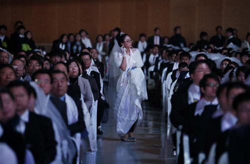 3.800 cặp đôi trên thế giới đổ về Hàn Quốc cưới tập thể-2