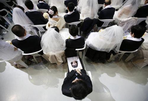 3.800 cặp đôi trên thế giới đổ về Hàn Quốc cưới tập thể-3