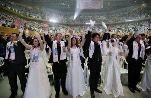 3.800 cặp đôi trên thế giới đổ về Hàn Quốc cưới tập thể-5
