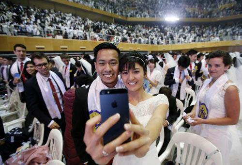 3.800 cặp đôi trên thế giới đổ về Hàn Quốc cưới tập thể-8