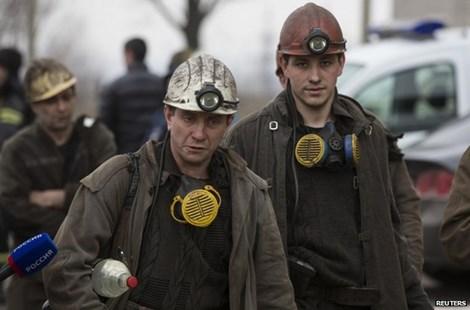 Nổ mỏ than ở miền Đông Ukraine làm chết 32 người - 1
