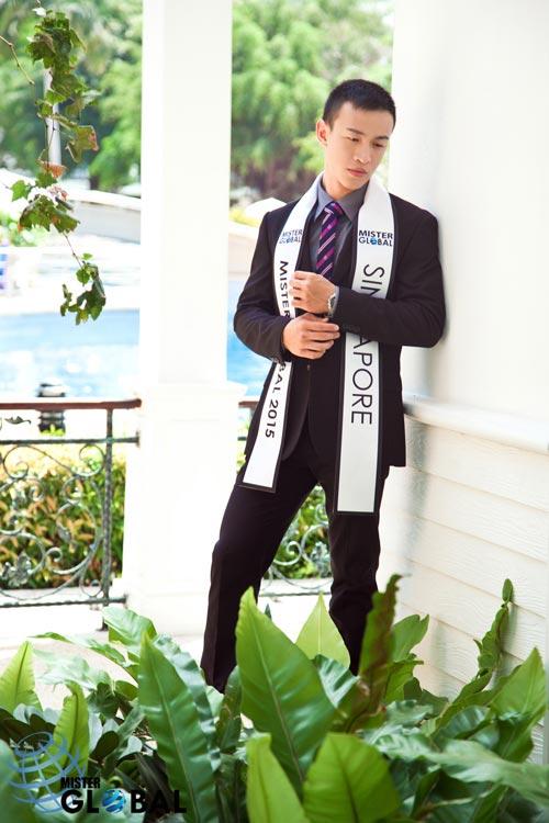 Thí sinh VN diện trang phục bộ đội ở Mister Global 2015 - 17