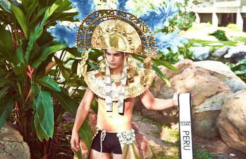 Thí sinh VN diện trang phục bộ đội ở Mister Global 2015 - 5