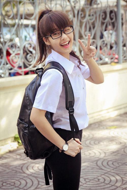 Học lỏm mỹ nhân Việt - Hàn làm mặt xấu chụp ảnh cực cute-19