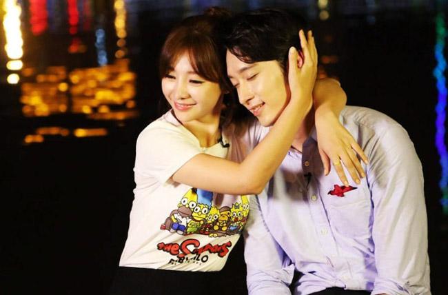 Những  ' cặp đôi '  xuyên biên giới của làng giải trí châu Á