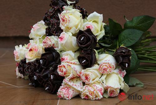 Hoa hồng phủ sôcôla – món quà độc đáo cho ngày 8/3-1