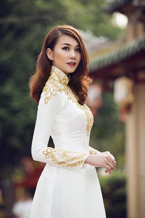 thanh hang khoe duong cong nuot na o tuoi 32 - 1