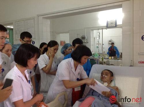 Nữ bác sĩ hồi sức cấp cứu và những đêm trực dài bất tận-2