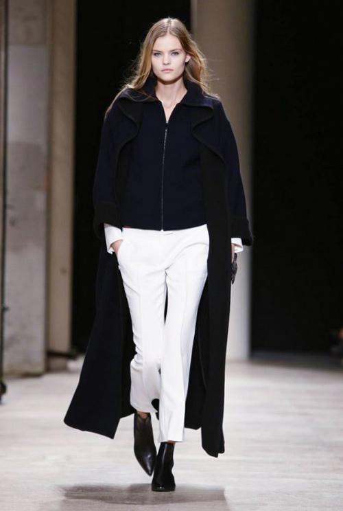 NTK gốc Việt tối giản ấn tượng tại Paris Fashion Week-6