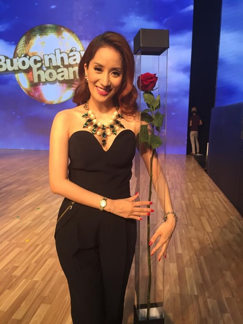 hot: khanh thi dang mang bau 5 thang - 2