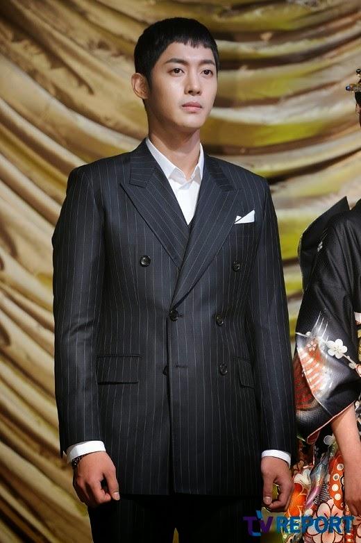 """kim hyun joong nhap ngu """"ne"""" scandal lam bo - 1"""