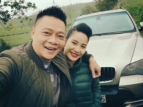 """nhung """"bong hong"""" it biet dang sau cac mc noi tieng - 9"""