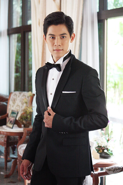 """my nhan thai gay an tuong manh voi """"bi tinh song sinh"""" - 8"""
