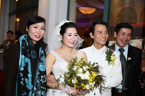 Dân mạng cảm phục với chuyện đời của single mom Hà Tĩnh U40-9