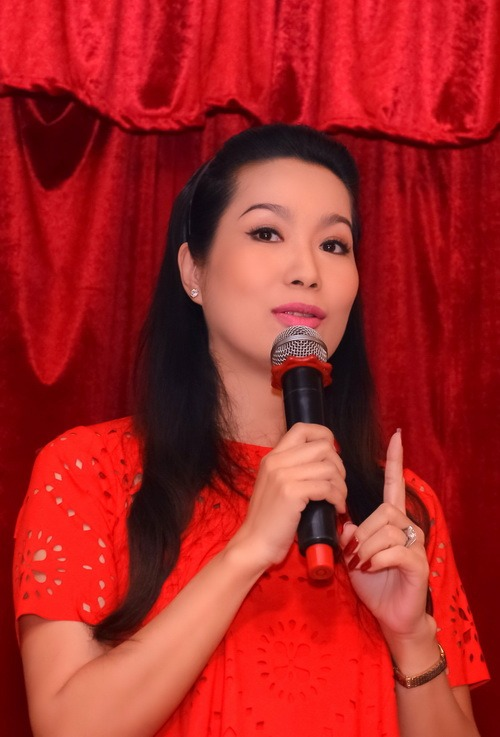 "trinh kim chi mang bau 6 thang van ""cham cay"" - 5"