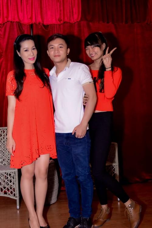 "trinh kim chi mang bau 6 thang van ""cham cay"" - 15"