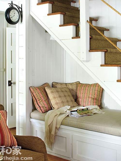 Muôn cách tận dụng gầm cầu thang chứa đồ cho nhà nhỏ - 10