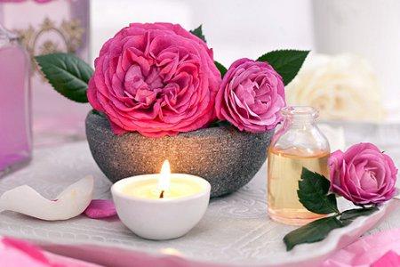 Những tác dụng 'không tưởng' của nước hoa hồng - 7