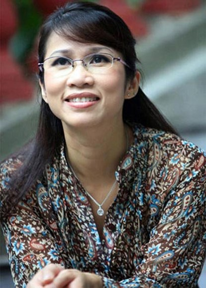 mc my linh chia se ve chuyen hon nhan tren facebook - 1