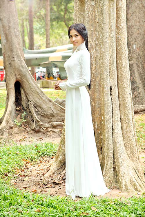truong thi may duoc cac em hoc sinh yeu men - 1