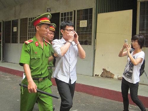 doi tung clip 'giuong chieu' gia 5 ty dong - 1