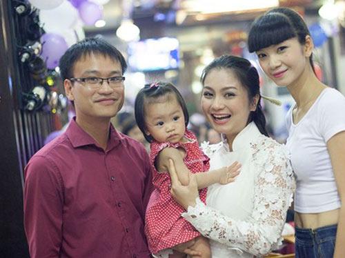 dien vien dieu huong mang bau lan 2 - 3