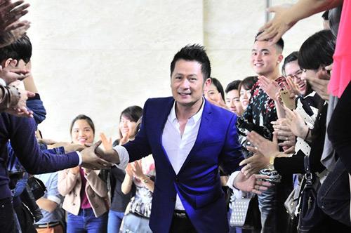 giong hat viet, vietnam idol van san xuat du bi yeu cau dung - 1