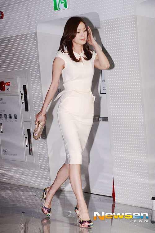 son tae young khoe bung phang ly sau sinh - 1