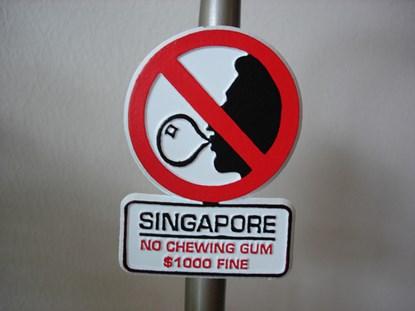 ly quang dieu da cam keo cao su o singapore ra sao? - 3