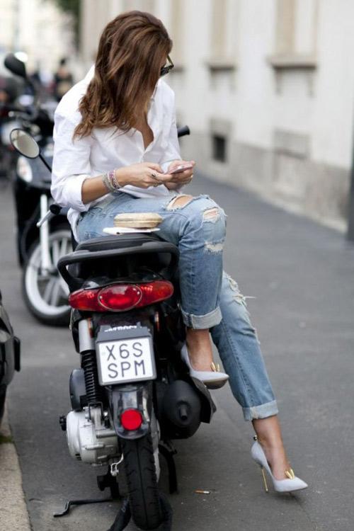 'cham mat' nhung co nang phat cuong vi jeans rach - 13